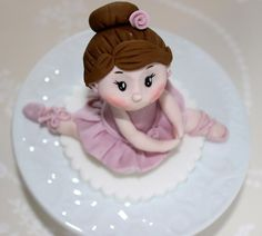 Little ballerina by Zoe's Fancy Cakes, who also has a You Tube channel, check out her fb page! they are fab :)