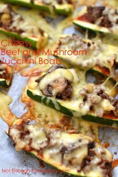 Cheesy Beef & Mushroom Stuffed Zucchini Boats - Get your Pizza fix with these healthy Stuffed Zucchini Boats. Filled with ground beef, mushrooms and tomato sauce, they are gluten-free, paleo an Healthy Recipes, Beef Recipes, Low Carb Recipes, Cooking Recipes, Easy Healthy Appetizers, Recipies, Paleo Ideas, Cheap Recipes, Healthy Snacks