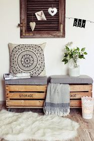 14 Pallet Furniture Designs You'll Want In Your Home DIY seat from old wooden boxes.