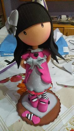 Gorjuss fofucha Foam Crafts, Arts And Crafts, Diy Crafts, Polymer Clay Dolls, Polymer Clay Jewelry, Fimo Kawaii, Crea Fimo, Girly Cakes, Fondant Figures