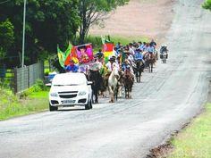 Cavalgada em homenagem a Bernardo Uglione