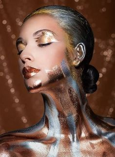Stunning metallic makeup