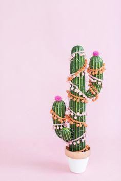 ¡Con este #DIY ahora tus cactus pueden volverse los nuevos árboles de Navidad!