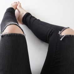 """High rise skinny jeggings Black high rise skinny jeggings w/ knee cut outs. 28"""" inseam. Jeans Skinny"""