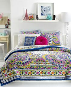 Bought this queen set and coordinating sheets and pillows for my daughter's 16th birthday next month. She's getting a room makeover. It's gorgeous! Teen Vogue Pret-A-Paisley Comforter.