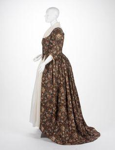 Dress William Kilburn, textile designer Irish, 1745-1818 Dress, ca. 1790 Cotton plain weave, block printed 1987.028