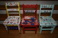 East Gloucester PTO Auction for the Arts!: Featured Item: Vintage School Chairs Painted by Each Class School Auction Projects, Class Art Projects, Welding Projects, School Chairs, Bottle Cap Art, Painted Chairs, Decorated Chairs, Auction Items, Art Classroom