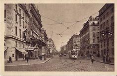 Ce n'est, officiellement, qu'en 1928 que la Canebière s'étendra du Vieux-Port jusqu'à l'église des Réformés englobant ainsi la rue Noailles et les allées de Meilhan. Canebiere-Marseille année 1930