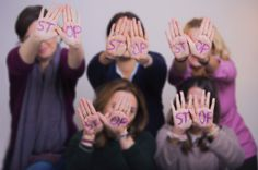 Es momento de decir BASTA  Hoy nos sumamos al morado #ContralaViolenciadeGénero.  http://www.villarrazo.com/