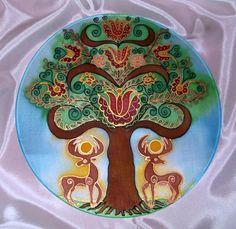 Az égig érő fa, életfa, világfa Hungary History, Folk Embroidery, Painted Chairs, Color Pencil Art, Gods And Goddesses, Christmas Art, Deities, Wood Carving, Colored Pencils