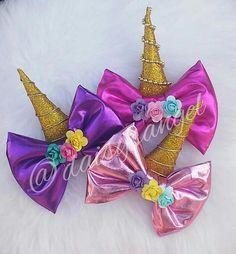 Arco de unicornio Making Hair Bows, Diy Hair Bows, Diy Bow, Ribbon Hair, Ribbon Bows, Bow Making, 2 Birthday, Unicorn Birthday Parties, Unicorn Party