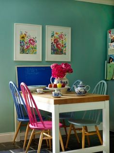 Could I do this with my Ercol Chairs Homespun Style article for Preloved - Lovely Home of Fiona of BlueBellGrey Ercol Chair, Ercol Furniture, Painted Furniture, Painted Dining Chairs, Table And Chairs, Room Chairs, Dining Table, Dining Room Inspiration, Interior Inspiration