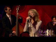 Moonlight Serenade - Miss Carly Simon