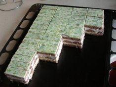 Lagúna rezy, recepty, Zákusky | Tortyodmamy.sk Cake Recipes, Dessert Recipes, Cake Bars, Pastry Cake, How Sweet Eats, Graham Crackers, Food And Drink, Cooking, Populárne Piny