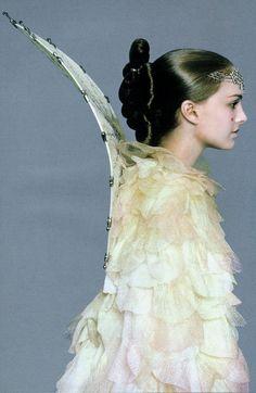 Side view. Queen Amidala's (Natalie Portman) Victory Celebration costume. The Phantom Menace.