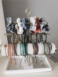 Cute Bracelets, Room Goals, Bedroom Inspo, Bedroom Decor, Room Organization, Dorm Room, My Room, Klagenfurt, Vsco