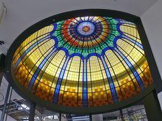 https://flic.kr/s/aHskxj8UaR | Nieuwe glas in lood koepel - Stained Glass dome  | In dit fotoalbum het ontwerp en vervaardigen van een glas in lood koepel bestaand uit 97 aparte glas in lood ramen.