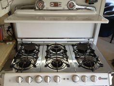 1950s Vintage O'Keefe & Merritt Stove 6 burner Double Oven Stove, Vintage Appliances, Kitchen, Kitchen Oven, Old Fashioned Kitchen, Retro Kitchen, Vintage, Stove Top