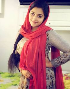 Top 50 Hottest Busty Desi Indian Girls of 2020 Beautiful Girl Indian, Most Beautiful Indian Actress, Beautiful Actresses, Indian Actress Hot Pics, Indian Actresses, Beauty Full Girl, Beauty Women, Pompe A Essence, Indian Beauty Saree