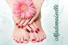 Minimaal 14 dagen glanzende nagels op handen en voeten , ideaal voor de zomermaanden !
