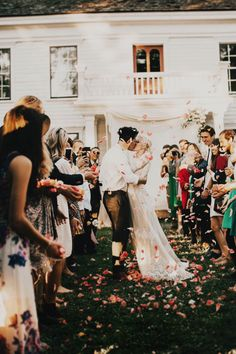 Olga and Chris' idyllic backyard wedding in Oregon will steal your heart away   Image by India Earl