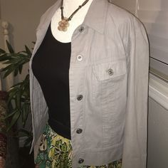 Lightweight jacket Cute light grey Jacket. Excellent condition. Super cute too! Express Jackets & Coats Jean Jackets