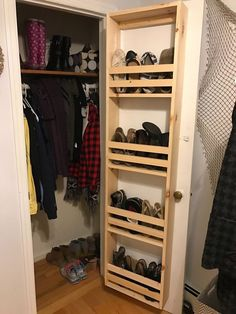 She lays planks of wood on her floor & we can't stop looking at her closet