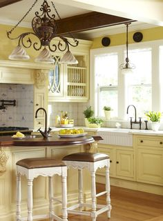 Modern french country kitchen decorating ideas (44)