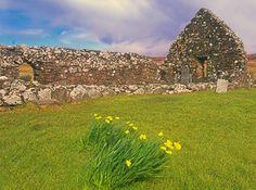 Foto de Trumpan na Ilha de Skye, na Escócia.  Parte da Grã-Bretanha Express Travel and Heritage Library Imagem, coleção Escócia.