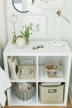 Gorgeous 47 Romantic Small Apartment Decorating Ideas for Couples https://roomaniac.com/47-romantic-small-apartment-decorating-ideas-for-couples/