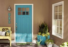 Lowe's Color Studio - Daisy Days collection - love the turquoise!  The real name is tropical oasis and I'd LOVE to paint something in my house this color!