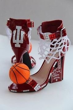 I could do without the basketball but total LOVE We bet Hoosier Nation will  love Miss Indiana 2013 Terrin Thomas's outfit for the Miss America