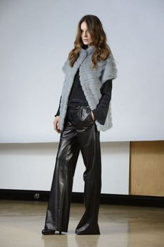 Boutique Online: pret a porter fur collection - TRACY BIS: Visone grigio perla   SimonettaRavizza.com