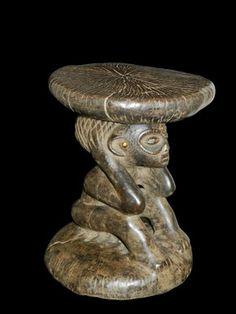 Tabouret Yaka cariatide congo afrique RDC art premier