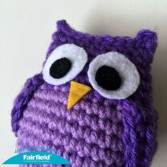 Free patten for Colorful Crocheted Owl Ornaments for Christmas.