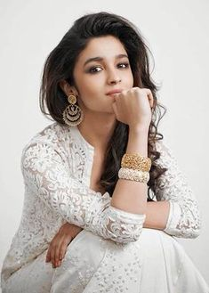 Alia Bhatt: One day I want to be a comedy actress; want people to laugh at me News,alia bhatt,Badrinath Ki Dulhania,Alia Bhatt comedy Indian Bollywood, Bollywood Stars, Indian Celebrities, Bollywood Celebrities, Beautiful Bollywood Actress, Beautiful Actresses, Alia Bhatt Photoshoot, Aalia Bhatt, Alia Bhatt Cute