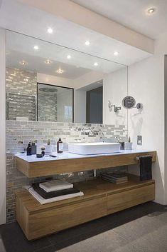 House Design, Top Bathroom Design, Bathroom Interior Design, Classic House Design, Bathroom Makeover, Bathroom Vanity Designs, Bathroom Design Small, Bathroom Decor, Bathroom Color