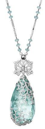 Cartier Biennale Necklace - Platinum, one 236.27-carat aquamarine, one natural pearl, facetted aquamarine beads, baguette-cut diamonds, brilliants - Photo by Vincent Wulveryck © Cartier 2012