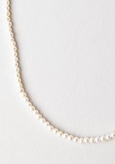 Saskia Diez / Fine Pearl Necklace