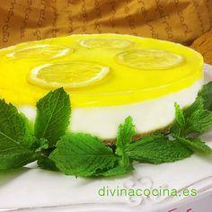 A esta tarta de queso y limón puedes darle diferentes coberturas además de la gelatina de limón: mermelada de albaricoque, mermelada de naranja o fresa... En ese caso usa toda la gelatina en el interior.