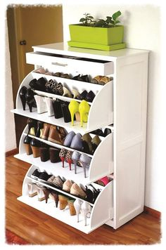 48 The Best Shoes Storage Concept for Ladies - Home-dsgn Space Saving Furniture, Home Furniture, Furniture Design, Shoe Storage Cabinet, Shoe Closet, Home Organization, Shoe Rack, Storage Spaces, Sweet Home