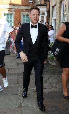 Olly Murs Photos - Olly Murs attends Rochelle Wiseman and Marvin Humes wedding at Blenheim Palace on July 2012 in Woodstock, England. - Marvin Humes And Rochelle Wiseman - Wedding Pretty People, Beautiful People, Marvin Humes, Ariana Instagram, Sir Tom Jones, Olly Murs, American Teen, Hooray For Hollywood, Pop Singers