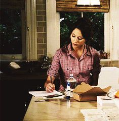 spencer hastings studying - Google Search