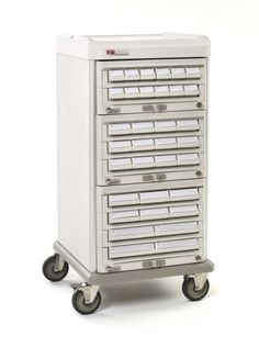 DOUBLE-SIDED AND READY TO ROLL with Metro's Starsys Medication Cassette Transfer Carts. With access on both sides, these carts carry multiple cassettes at one time, reducing the amount of trips required for cassette exchange. Carts are available in (3) sizes, single or double widths.