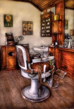 The Barber Chair | Photo By Mike Savad