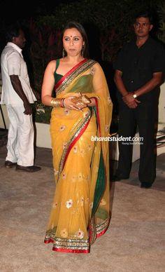 Rani Mukerjee in yellow Sabyasachi sari Bollywood Saree, Bollywood Fashion, Sabyasachi Sarees, Indian Dresses, Indian Outfits, Indian Clothes, Pakistani Dresses, Indian Attire, Indian Wear