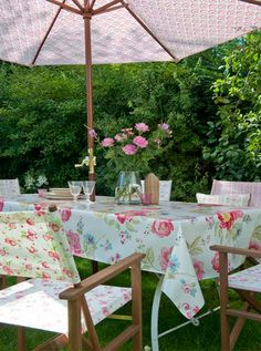 Alfresco Dining from Dotty Brown