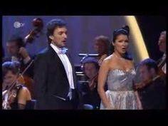 This and La Donna e mobile from Rigoletto made wish I had been a tenor ♥ Anna Netrebko and Elina Garanca- Verdi: Rigoletto, quartet