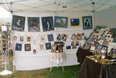 Art booth with hanging cat artwork displayed Craft Show Displays, Craft Show Ideas, Vendor Displays, Vendor Booth, Booth Displays, Bow Display, Stall Display, Display Ideas, Photography Booth