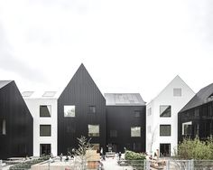 COBE Architects sets new standards in kindergarten architecture with a conglomerate of eleven small houses on the outskirts of Copenhagen. Architecture Design, Education Architecture, Residential Architecture, Kindergarten Architecture, Kindergarten Design, Kindergarten Pictures, Casa Patio, House Drawing, House Ideas